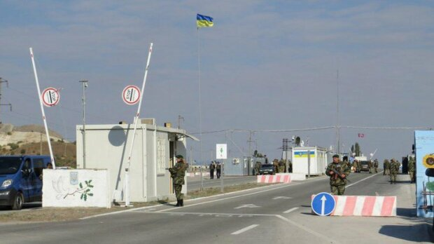 Обмін полоненим: сепаратисти ″ДНР-ЛНР″ доставили українських заручників до місця обміну