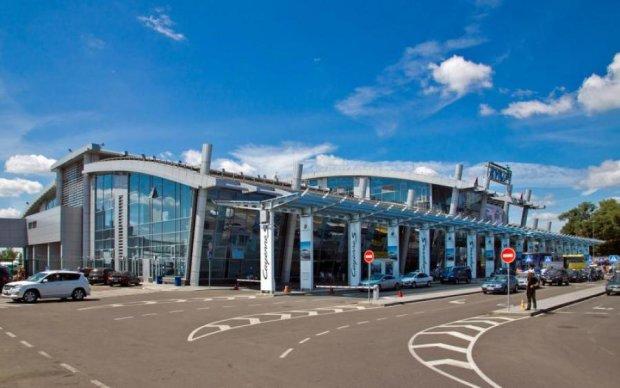 """Аэропорт """"Киев"""" получил имя выдающегося украинца"""