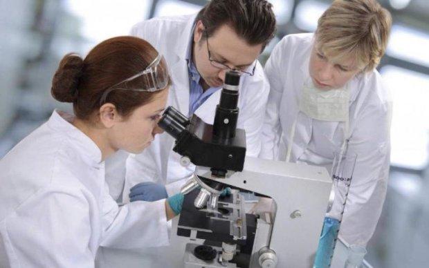 Гени людини продовжують розвиватися: до чого це призведе