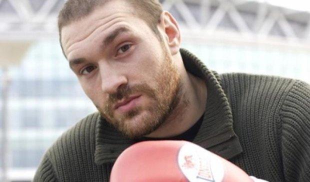 Не верю, что Кличко перенес бой из-за травмы - Фьюри