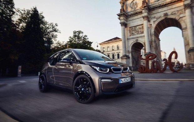 БМВ разрабатывает новый электромобиль i2