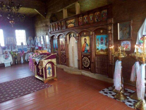 Церковь в Малой Ростовке, фото 20 хвилин