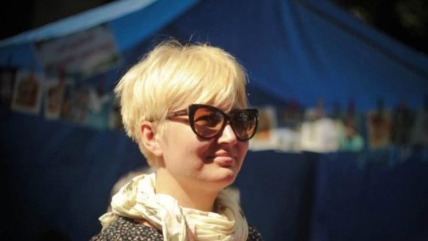 Скандальна Ніцой пішла війною на владу: українці повинні взяти їх за ж*пу