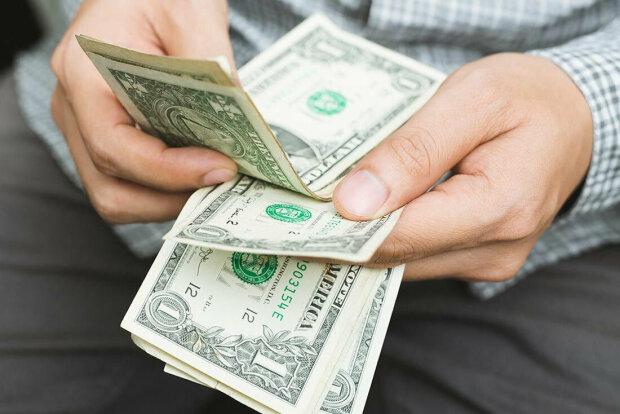 Курс гривны на 19 ноября удивит всю Украину: доллар отдыхает
