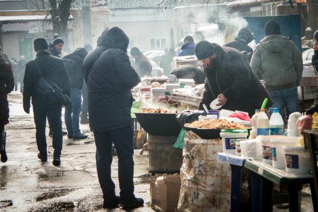 Любимый продукт украинцев превратился в золото: космические цены оставят без вкусняшек