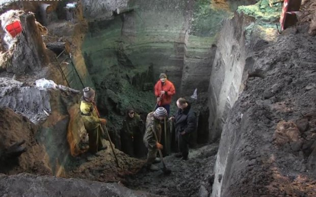 Потоп на Поштовій площі може знищити історію Києва: промовисті фото