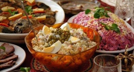 Як врятувати олів'є, або що робити з їжею, яку знову не з'їли на Новий рік: 5 дієвих порад господині
