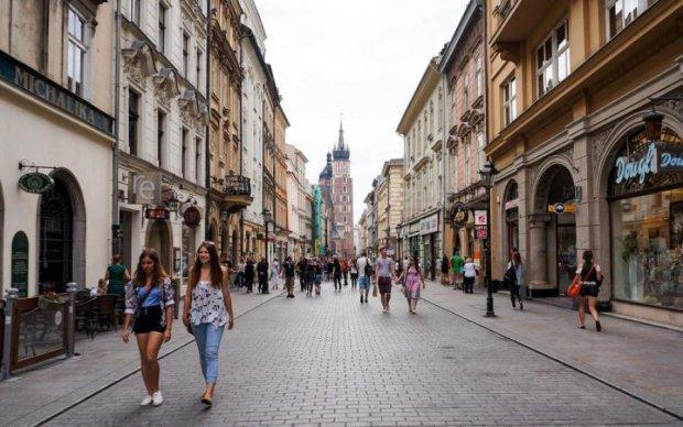 ВАЖЛИВО! Польща змінила правила для заробітчан