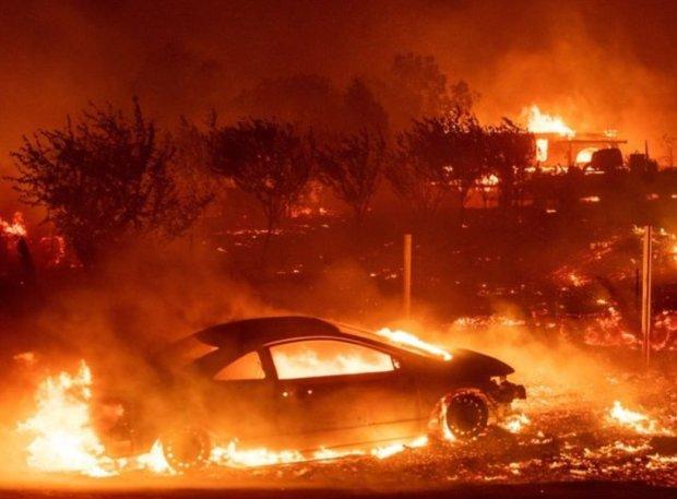 Огненный ад в Калифорнии показали со спутника