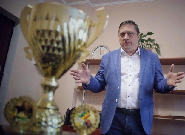 Роман Іванісов, ІПР