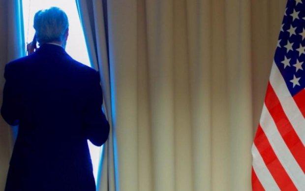 Нова фаза холодної війни: США видворяють російських дипломатів