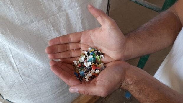 В Ужгороде начали перерабатывать пластик, фото uzhgorod.net.ua