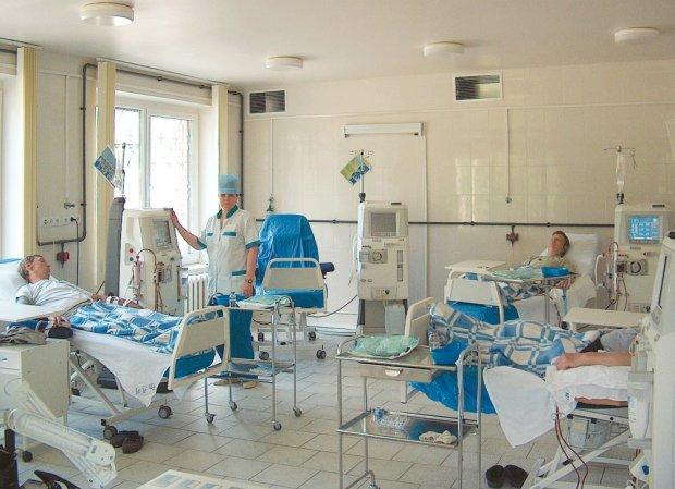 На популярном украинском курорте бушует жуткая болезнь: тысячи отдыхающих в опасности