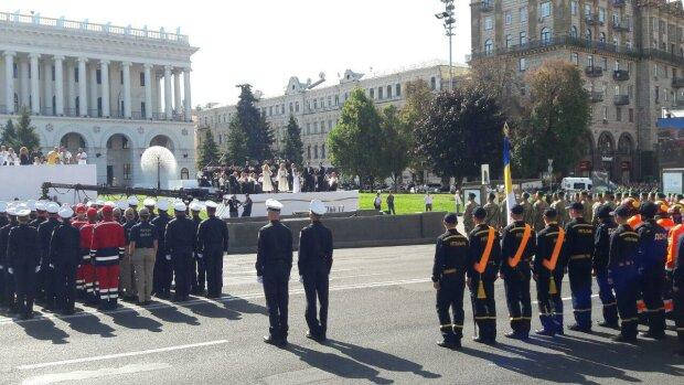 Виступ Зеленського в День Незалежності затьмарила кривава провокація на Майдані: відео