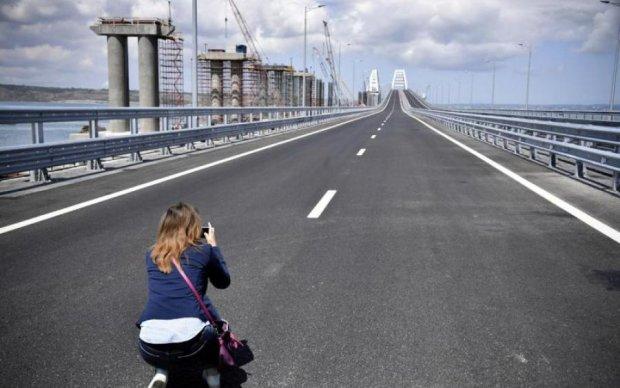 Окупанти влаштували чергову показуху на Керченському мосту