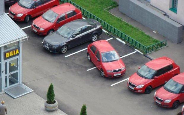 В Украине начали борьбу с нарушителями парковки