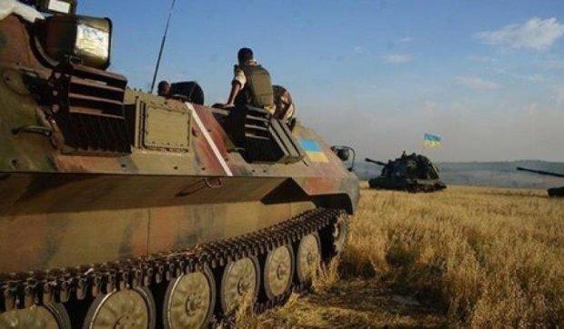 Президент Порошенко привітав танкістів з професійним днем