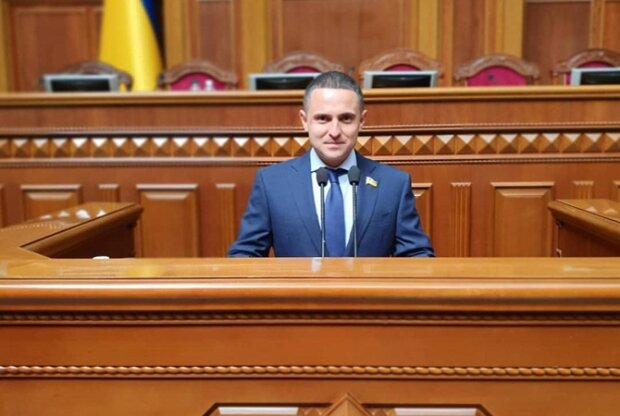 """""""Слуга"""" слил секретную схему, по которой хотят обчищать украинцев до нитки – """"Будет приносить миллиарды"""""""