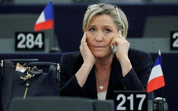 Ле Пен позбавили частини голосів