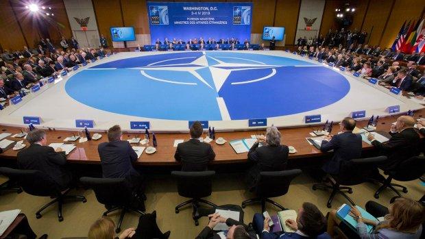 """НАТО """"случайно"""" рассекретила базы с ядерным оружием по всему миру: скандал мирового уровня"""