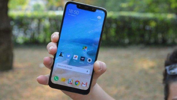 """Новая версия Android массово """"убивает"""" смартфоны Xiaomi"""