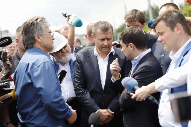 Зеленский прижал к стенке Госпогранслужбу: кто попал под раздачу