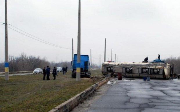 ЧП под Киевом: в цистерне оказалось кое-что пострашнее бензина