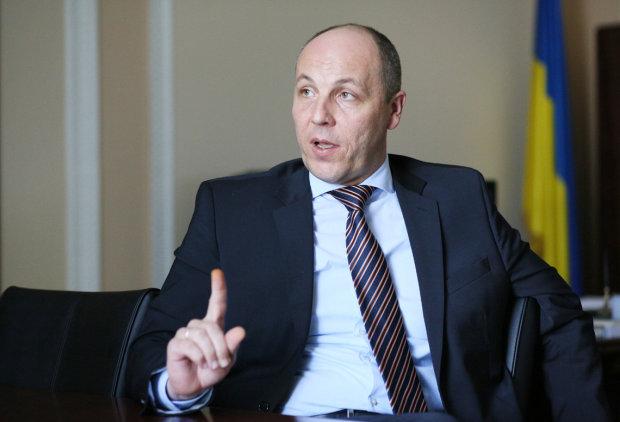 """Был запасной план: Парубий """"случайно"""" присвоил все лавры Майдана"""