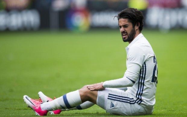 Гаряча наречена підштовхує футболіста продовжити контракт із Реалом