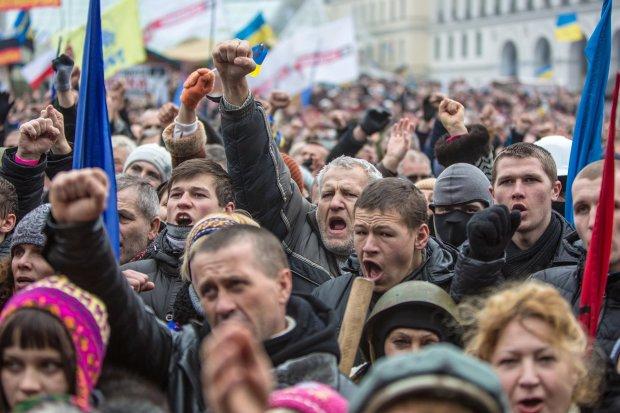 """Украинцев накажут за """"неправильные"""" мысли: подробности"""