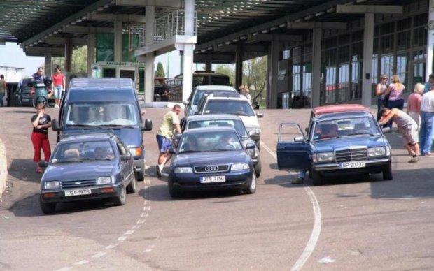 """Влада вигадала """"компроміс"""" щодо евроблях: що запропонують українцям"""