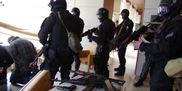 В Харькове разоблачили банду наркоторговцев в погонах, замешан видный чиновник