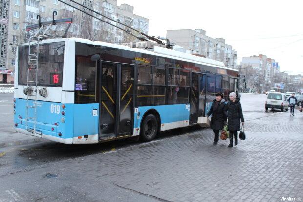 У Вінниці запустили е-квиток, фото: Соцпортал