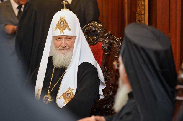 Московские попы запретили молиться за Варфоломея