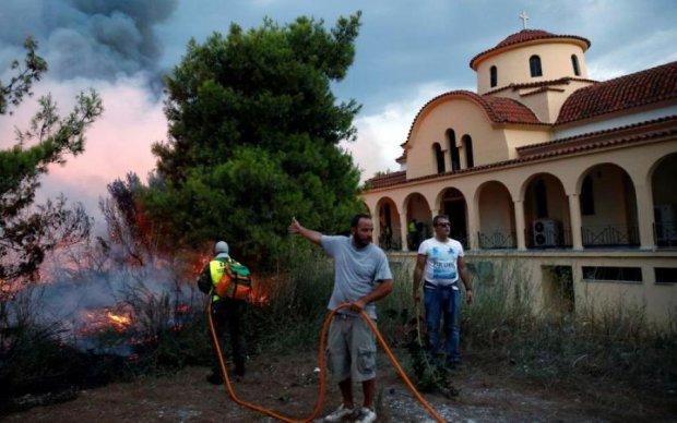 Аномальные пожары в Греции продолжают забирать жизни: шокирующая цифра