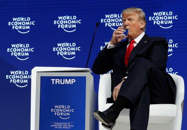 """""""У нас все под контролем"""": Трамп заявил о плане США по сдерживанию смертельного китайского вируса"""