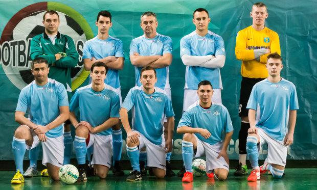 Екс-воротар збірної ЛНР почав грати за збірну України