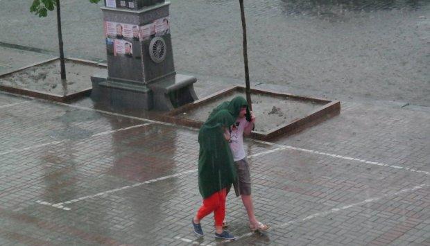 Погода у Києві на 2 серпня: стихія покаже нестерпний характер, запасайтеся нервами і парасольками