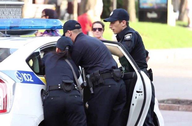 Приставил нож и пытался взять силой: в Мариуполе схватили подонка, напавшего на 11-летнюю малышку