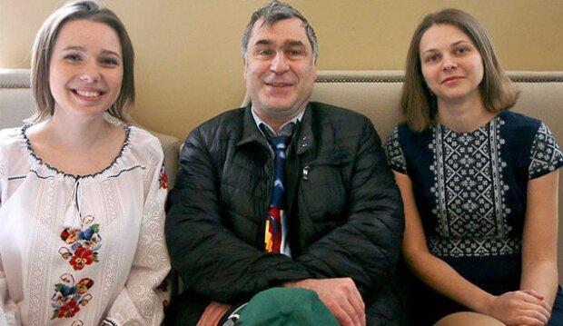 Сестры со Львовщины покорили престижный рейтинг, лучшие в мире: шах и мат