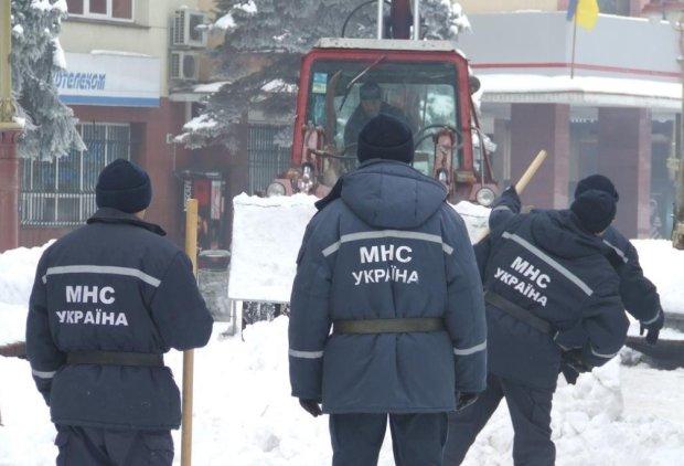 Техногенная катастрофа в Киеве: люди замерзают в собственных домах, тысячи пострадавших