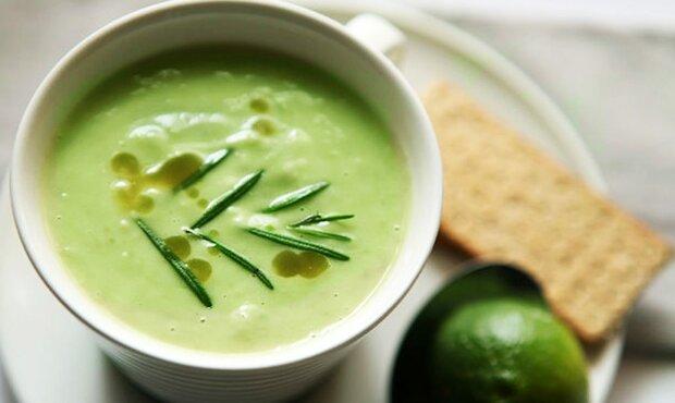 Холодный суп из авокадо всего за 15 минут