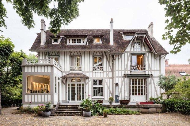 Коллекция искусства и пол с подогревом: дом, который не открывали сто лет, оказался капсулой времени