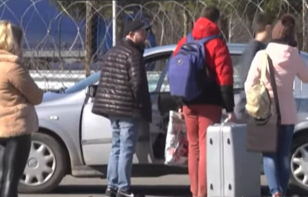 Очереди на польской границе, скриншот: YouTube