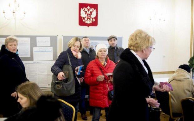 """Путинский спектакль: легендарный дипломат открыл тайну """"многоходовочки"""""""