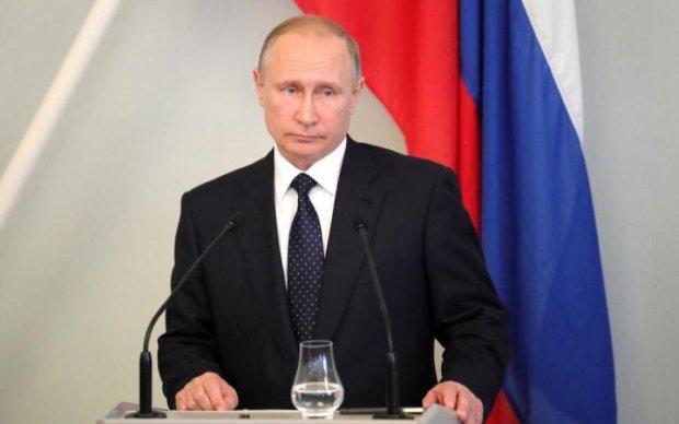 Небачена милість: Путін відпустив двох засуджених за SMS