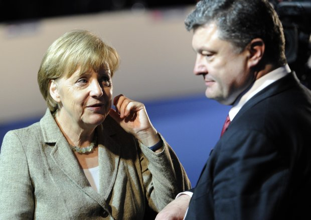Меркель, введи войска! Порошенко призывает солдат НАТО защитить Черное море