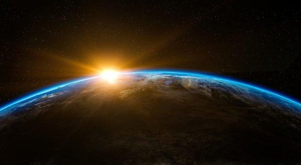 """Космический челнок NASA """"захватил"""" кусок Солнца, ученые объявили о революционном открытии: невероятные кадры"""