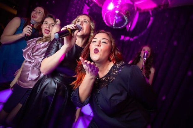"""Кошмар закінчився: українці офіційно відмовилися від """"ватних"""" пісень"""