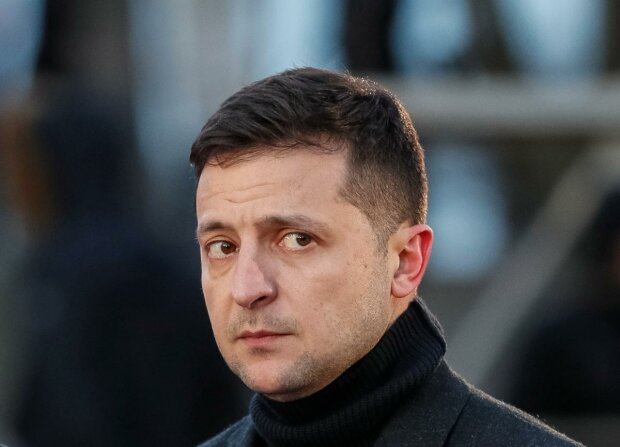 """Головне за день, 2 грудня: """"хабар"""" Зеленського, погрози повісити Порошенка та """"зелене світло"""" українським заробітчанам"""